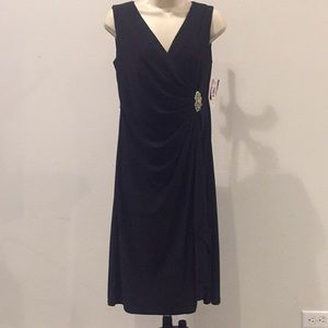 NWT-Black Dress with Rhinestone Brooch-Size 6